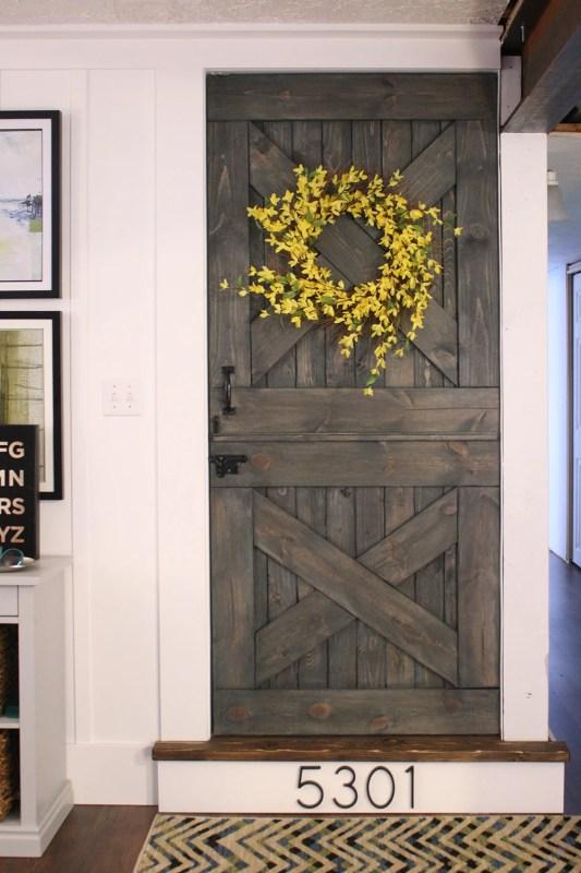 color washing paint technique, wood grain still shows, barn door (15)