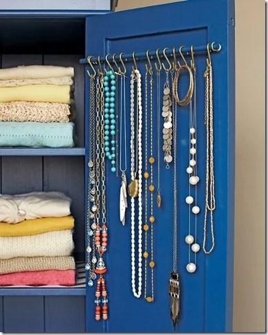 hidden jewelry-storage-option