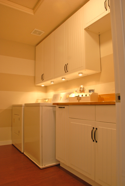 organized laundry room redesign