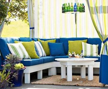 cozy outdoor room