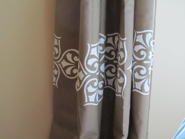 no sew painted patterned drapes, The Hand-me-down House on Remodelaholic