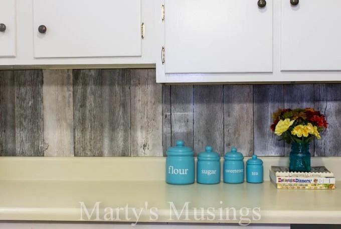 Etonnant Fence Board Reclaimed Wood Kitchen Backsplash