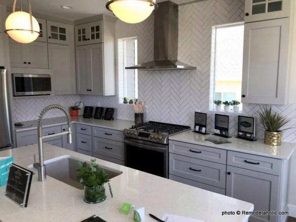 UVPH 2018 Home 8 Greentech Construction, Design Hintz Interior