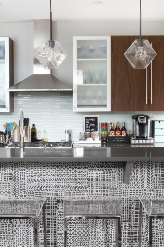 Modern Grey And White Kitchen Island Patterned Tile, Blue I Style Blog