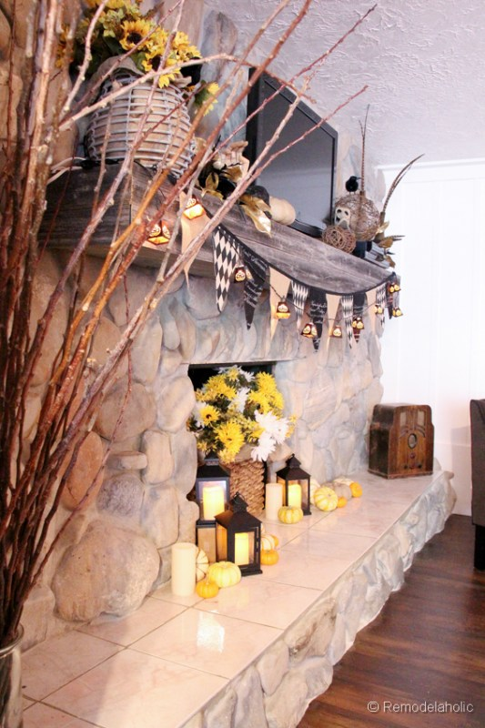 Fall-mantel-and halloween-mantel-decor-ideas-12
