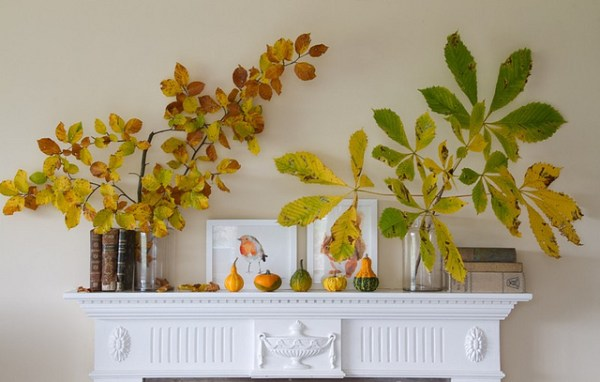 fall mantel with branches and leaves, Saidos de Concha via Flickr