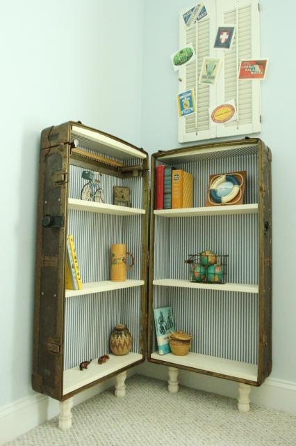 how to turn an antique trunk or suitcase into a bookshelf, featured on Remodelaholic.com