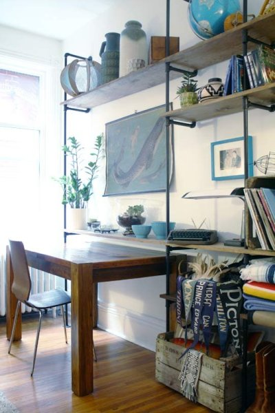 simple industrial wall shelving and home office, Makes Me Smile on Apartment Therapy via Remodelaholic.com