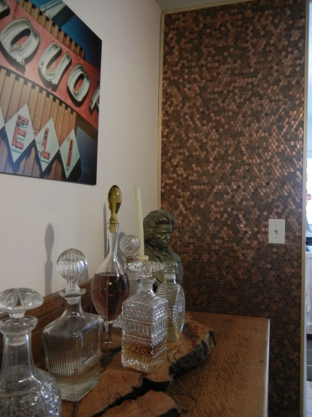penny accent wall, Hip Soiree featured on Remodelaholic
