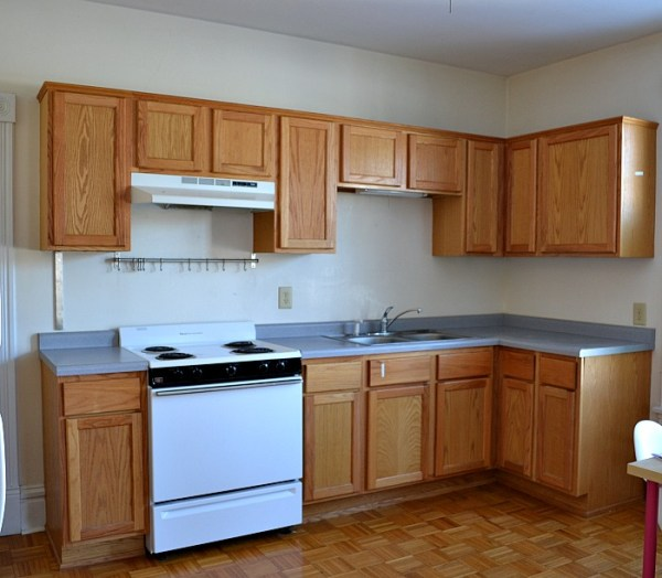Rental kitchen before ideas and trips. from remodelaholic.com
