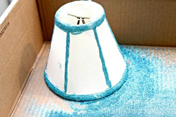 Add-glitter-to-a-lamp-shade