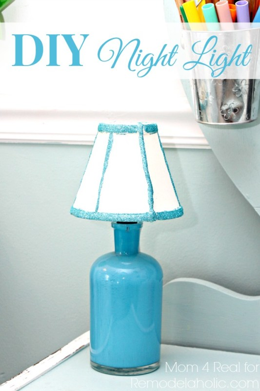 $10 DIY Night Light from Thrift Store Finds | Mom 4 Real for Remodelaholic.com #DIYunder$20 #thriftstore #lighting