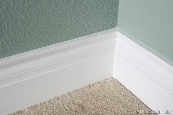 how to caulk trim like a pro, Remodelaholic