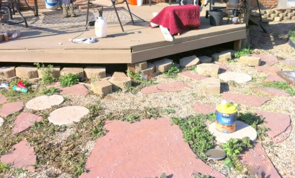 prepping for the pallet wood deck, The Second Wind of Texas featured on Remodelaholic