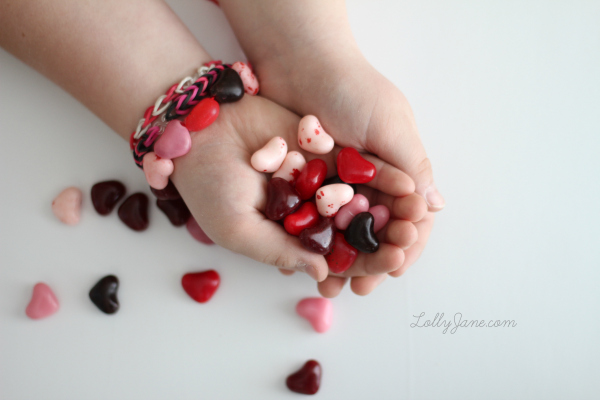 Diy Candy Heart Bracelet by Lolly Jane plus more easy and fun Valentine Crafts for Kids featured on Remodelaholic.com