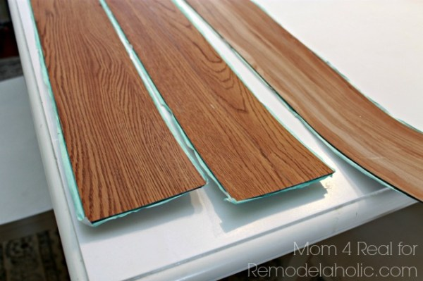 Vinyl peel and stick flooring