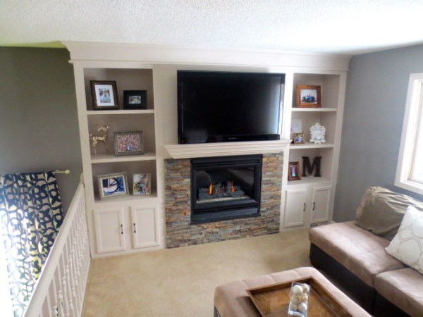 fireplace makeover with built-in shelving, construction2style on Remodelaholic
