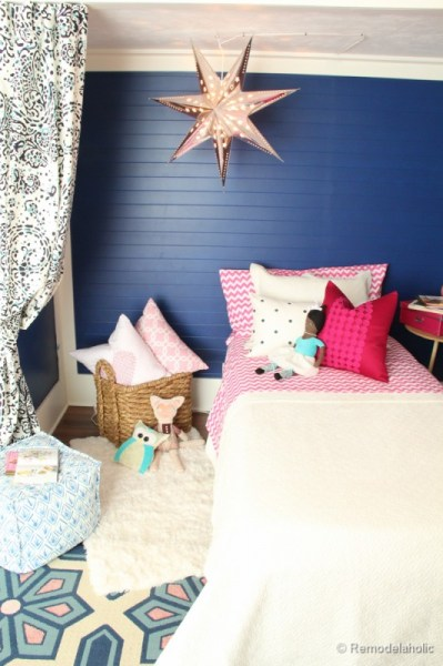 kids bed nook with star light, Remodelaholic