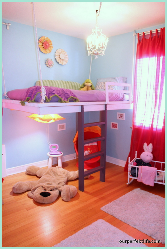 kids hanging loft bed, featured on Remodelaholic