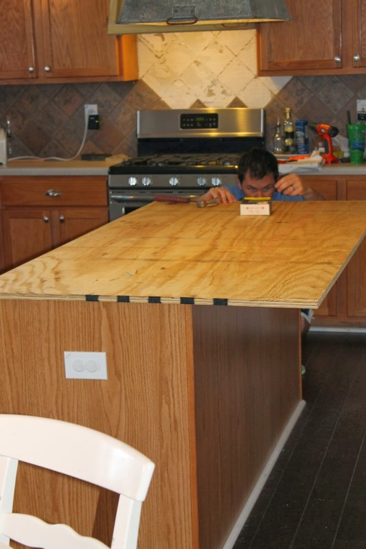 install new plywood base for faux reclaimed wood countertops, The Ragged Wren on Remodelaholic