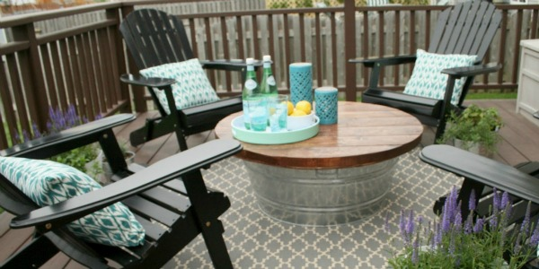 beautiful and easy patio coffee table