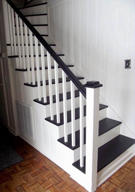 dramatic painted staircase makeover, Chapter37 on Remodelaholic
