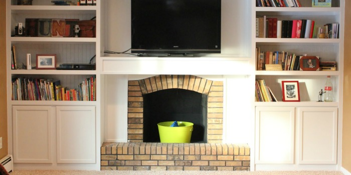 remodelaholic | 25 best diy fireplace makeovers