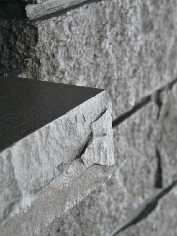Gray Painted Fireplace Detail, Dans le Lakehouse on Remodelaholic
