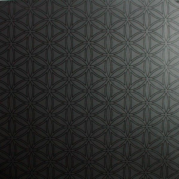 black wallpaper via Remodelaholic.com