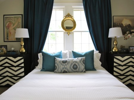 symmetrical bedroom, how to be a heroine