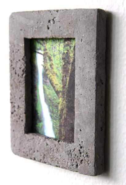 DIY concrete picture frame tutorial