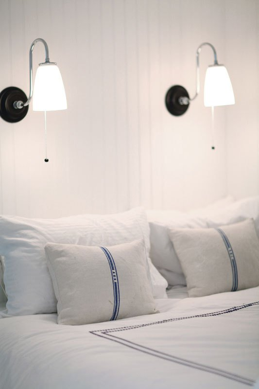 pendants-no-headboard-apartment-therapy