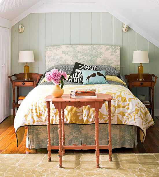 simple arched patterened toile headboard via BHG