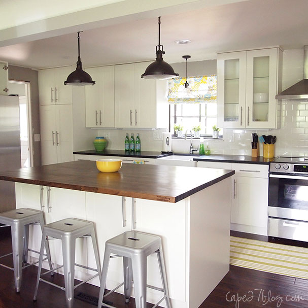 single wall kitchen with island via Remodelaholic.com & Remodelaholic | Popular Kitchen Layouts and How to Use Them