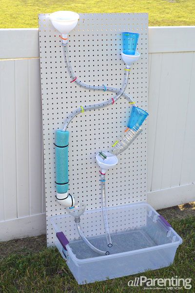 tipsaholic-backyard-water-wall-all-parenting featured on Remodelaholic