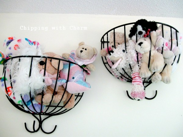 Little Girls Dream Room Stuffed Animal Storage