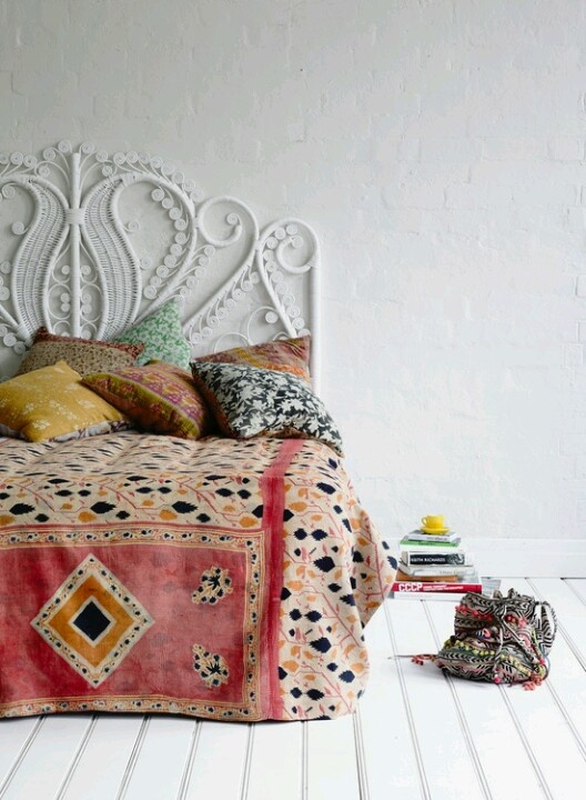 Bohemian Chic: decorating with texture and pattern @Remodelaholic