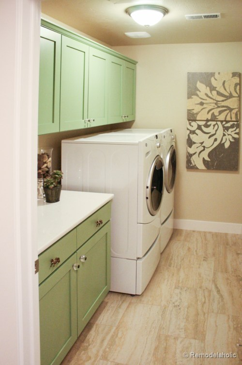 Fabulous Laundry room design ideas from @Remodelaholic (27 of 103)