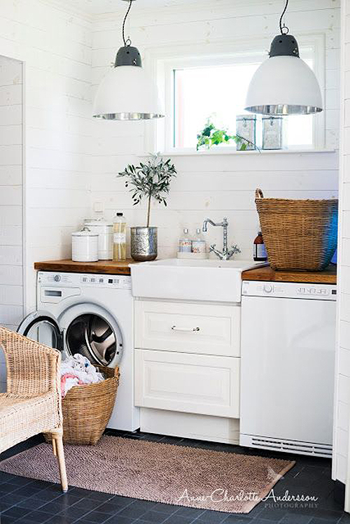 Small space great layout laundry room featured on Remodelaholic.com
