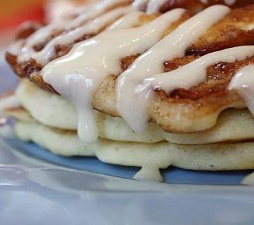 Whole Wheat Cinnamon Roll Pancakes