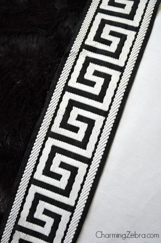 trim on magnetic window blind, Charming Zebra on Remodelaholic