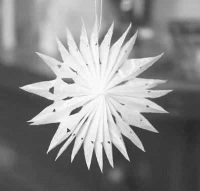 christmas ornament easy paper snowflake