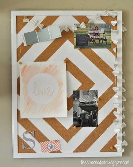 painted bulletin board - The Colored Door via @Remodelaholic