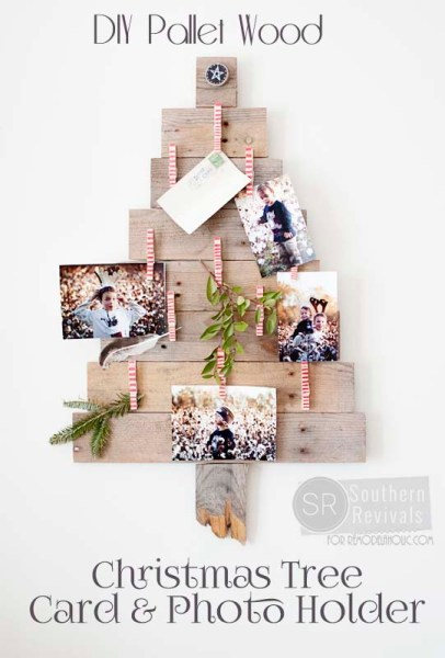 DIY Pallet Wood Christmas Tree Photo & Card Holder @Remodelaholic