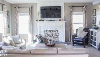 Tremendous Remodelaholic 20 Gorgeous Diy Faux Fireplaces And Mantels Home Interior And Landscaping Ologienasavecom