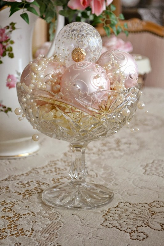 ornaments in decorate bowl - Jennelise Rose via @Remodelaholic
