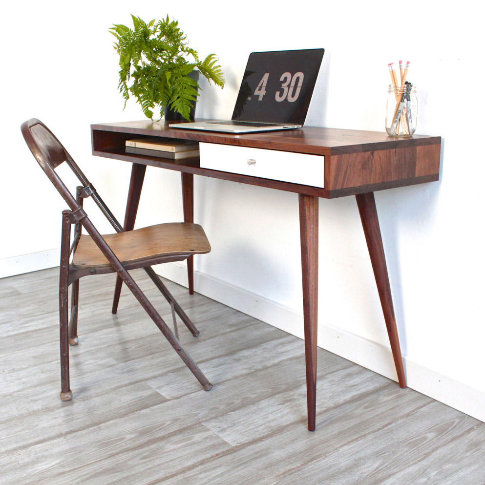 Build A Mid Century Modern Desk Inspired By Dot And Bo @Remodelaholic  #buildingplan