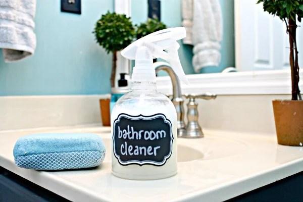 Remodelaholic | DIY All Natural Bathroom Cleaner