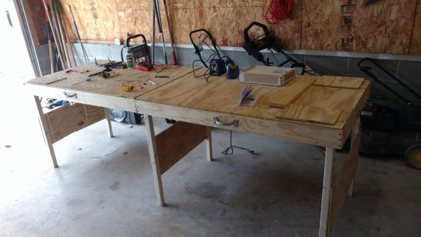 Collapsible Workbench, Jonathan Mainguy Featured @Remodelaholic