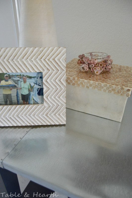 diy metal table top tutorial - Table and Hearth featured on @Remodelaholic (11)